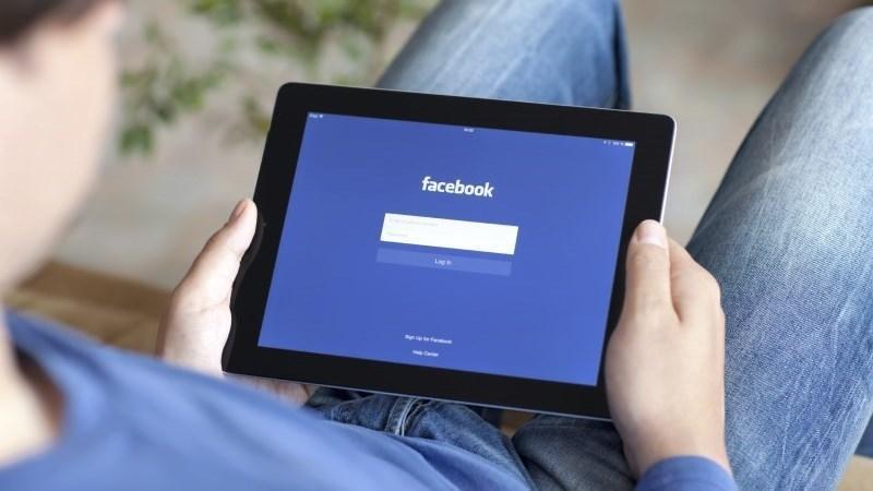 Algoritmo Facebook: il clickbaiting viene penalizzato