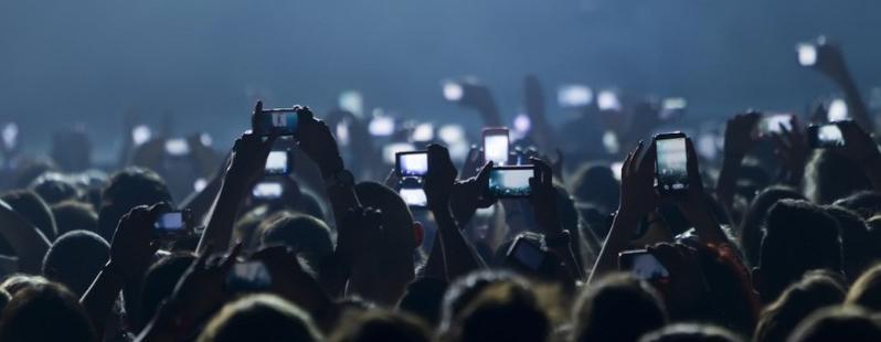 App Fotocamera Facebook: presto una nuova applicazione per foto e video