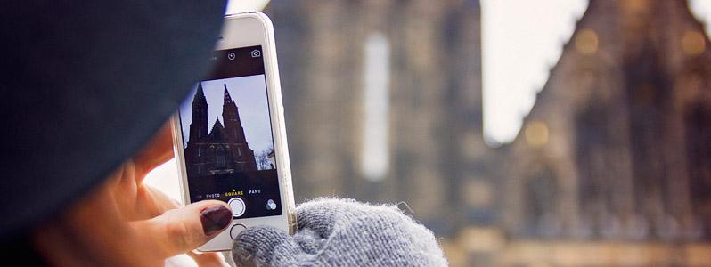 snapchat-vs-facebook