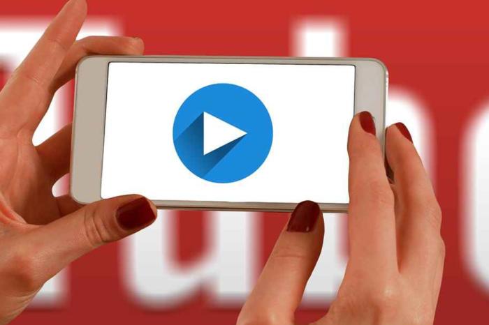 YouTube Backstage: la piattaforma di video sharing diventa sempre più social