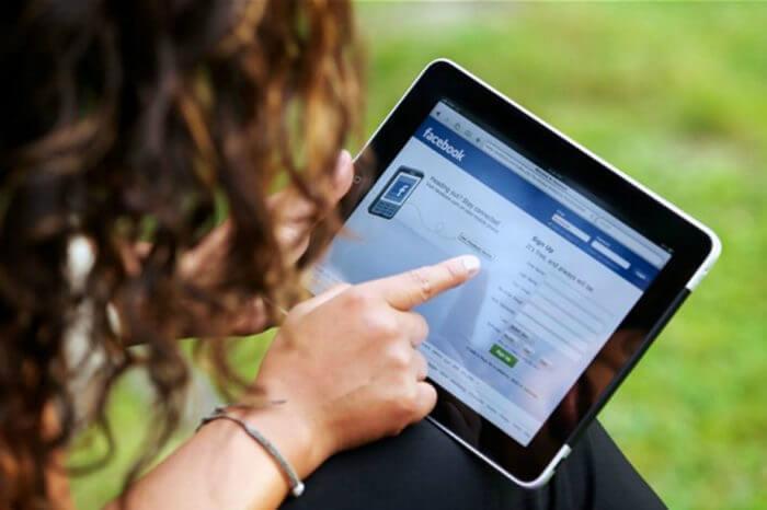 Facebook sfida LinkedIn: arrivano gli annunci di lavoro