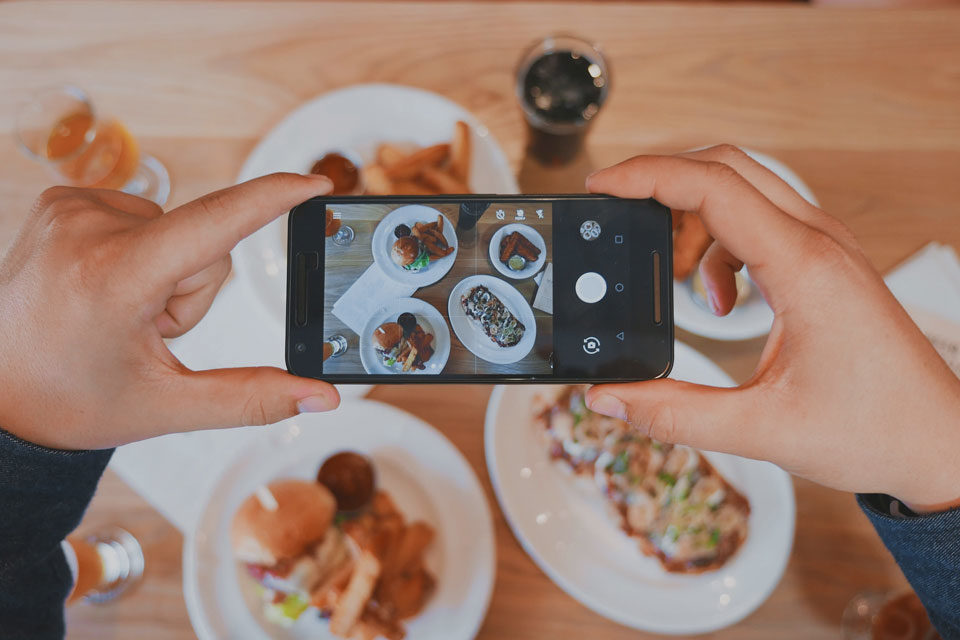 Marketing turistico, come promuovere il tuo ristorante in vista delle vacanze