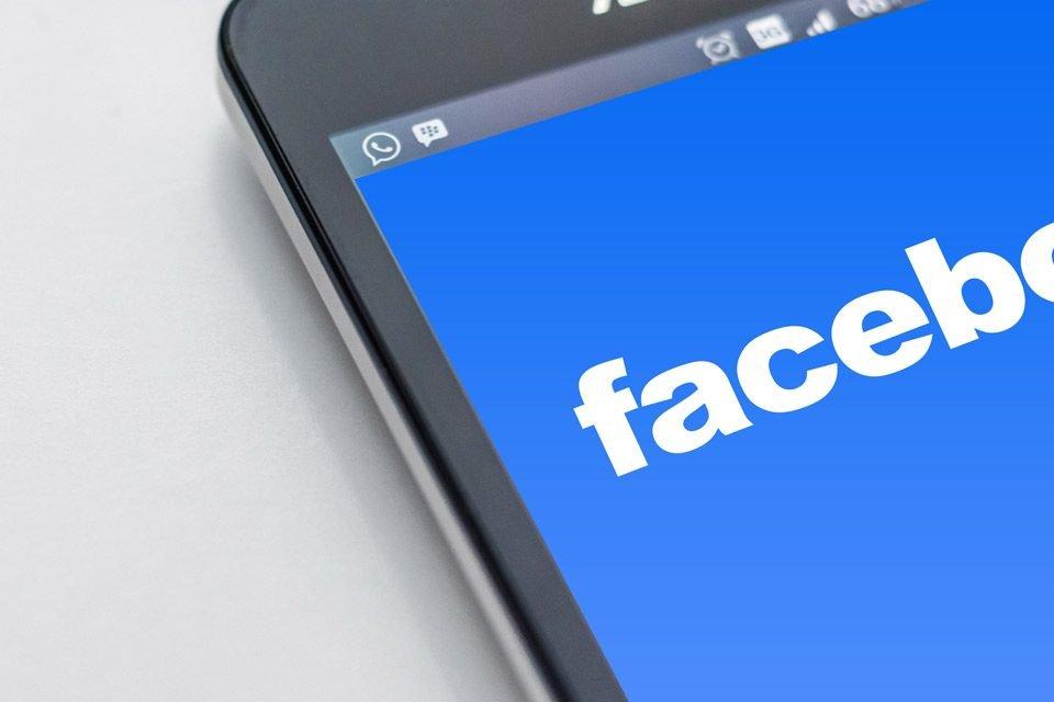 Facebook: nuove regole sulla privacy. Cosa significa