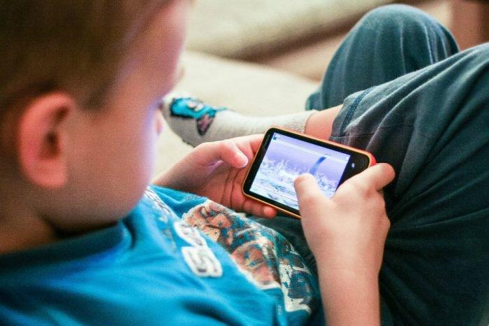 Nuove generazioni e social network: sempre connessi il 58% dei bambini di 8 - 16 anni
